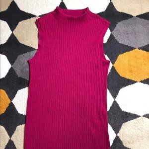 Lafayette 148 New York Mock Neck Top: size Small